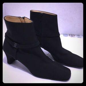 Salvatore Ferragamo Black Ankle Boots.Size: 9